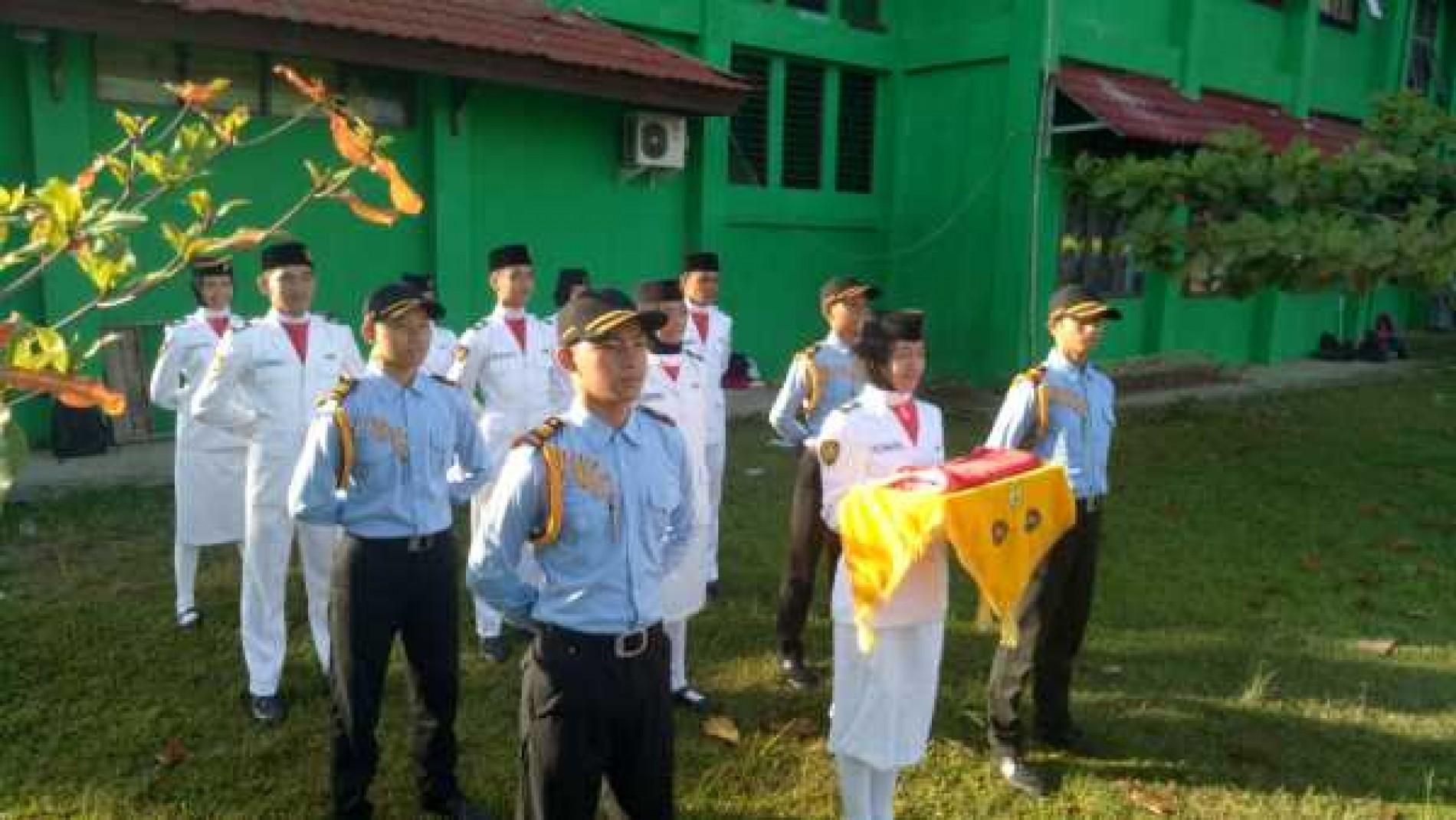 Upacara 17 Agustus 2016 di SMA Negeri 3 Banjarbaru